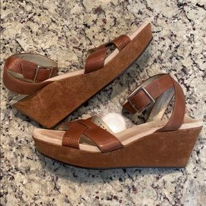 DKNYC Brown Wedges